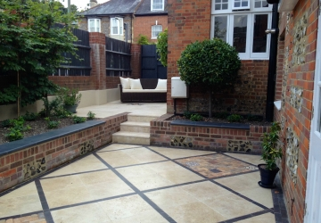 Courtyard Garden Design (Winchester, Hampshire)