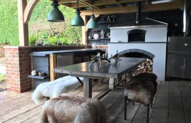 Outdoor Kitchen Garden (Hampshire)