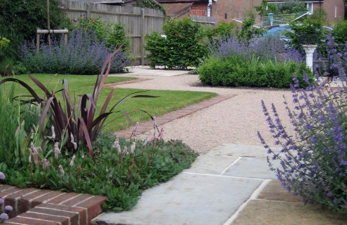Cottage garden design romsey hampshire amy perkins for Garden design hampshire